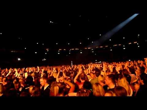 Silbermond - Nichts passiert + Stefanies Stagedive Live in Berlin 08.12.2012
