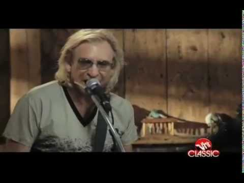 Daryl Hall and Joe Walsh - Rocky Mountain Way /...