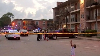 2 Dead, 4 Wounded in Houston Apartment Shooting