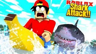 ROBLOX - A GIANT SHARK ATTACKS OUR BANANA BOAT!!!