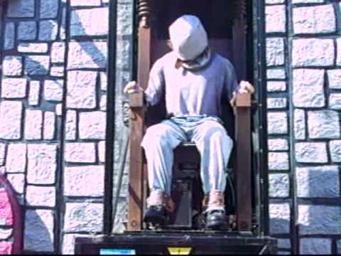 La chaise lectrique foire du tr ne youtube - Execution chaise electrique ...