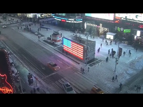 """LIVE: """"Bomb cyclone"""" as it hits Times Square, New York"""