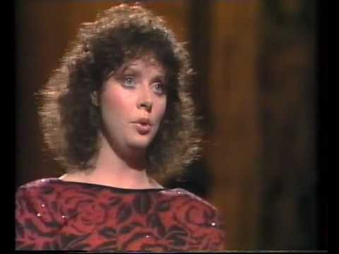 Sarah Brightman - Pie jesu - live in 1985 New York