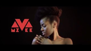 Смотреть клип Mzvee - Natural Girl Ft Stonebwoy