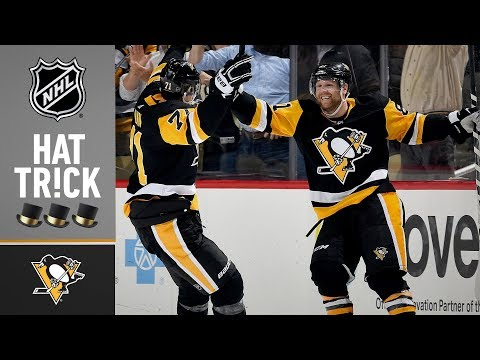 Phil Kessel thrills with natural hat trick