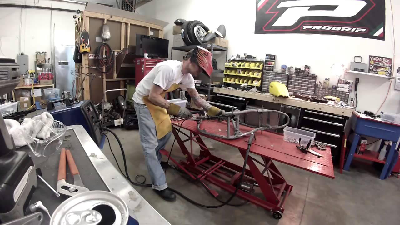 yamaha sr500 cafe racer project, frame and forks time - youtube