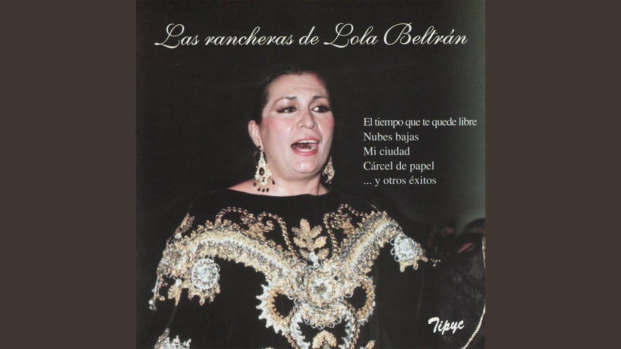Nubes y más nubes, sobre todo bajas que pueden dejar alguna gota. Poca cosa si caen y temperaturas sin grandes cambios. El reto de hoy era encontrar una canción que hablara de las nubes bajas que hoy circulan por encima de nuestros cogotes. Y mira por donde, llegó una ranchera que cumplió con el reto. Llegan las nubes bajas de Lola Beltrán, apodada Lola la Grande, fue una cantante, actriz y presentadora de televisión mexicana considerada como la máxima exponente de la música vernácula mexicana. Participó en varias películas y una telenovela. ¡Vaya voz!