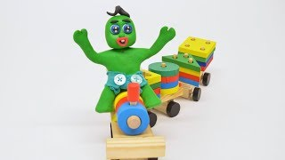 Green Baby & His Friends BUILDS SHAPES TRAIN - Stop Motion Cartoons For Kids