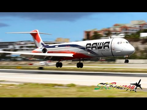PAWA Dominicana MD-82 in action @ the Princess Juliana Int'l Airport, St Maarten