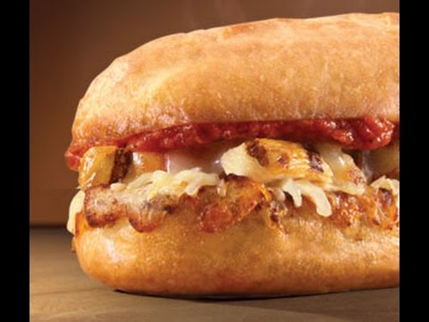 domino's-pizza-chicken-parm-sandwich