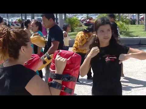 Como estrategia contra la violencia, mujeres de Acapulco aprenden defensa personal1