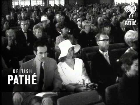 Charlie Chaplin Receives Erasmus-Prize AKA Charlie Chaplin Gets Prize (1965)