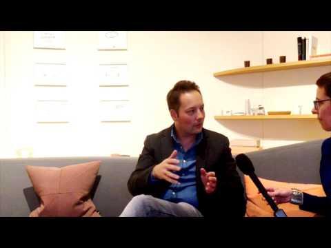Social Media Post: Interview: Tom Hillenbrand über intelligente Maschinen