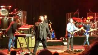 """Toto performing their hit """"Rosanna"""" from """"Toto IV"""", at the Verizon ..."""