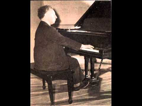 Bach-Busoni Preludio from Toccata in C   Rubinstein   Rec 1934