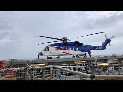 Sikorsky S-92 Landing Offshore North Sea