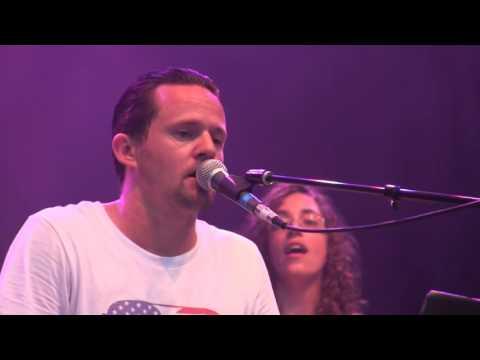 Tres Moustache live at Naperville Rib Fest 2016
