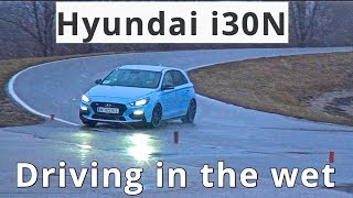 Hyundai i30N, driving in the wet