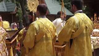 Престольный праздник храма  Всех святых.(, 2014-06-18T08:57:28.000Z)