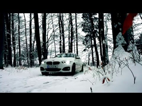 BMW 1 Series xDrive in snow