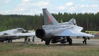 saab j 35 draken engine start run up the finnish air force 100th anniversary airshow swafhf
