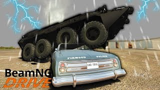 Escaping Police With An APC On A Flooded Map! - BeamNG Gameplay & Crashes - Police Escape
