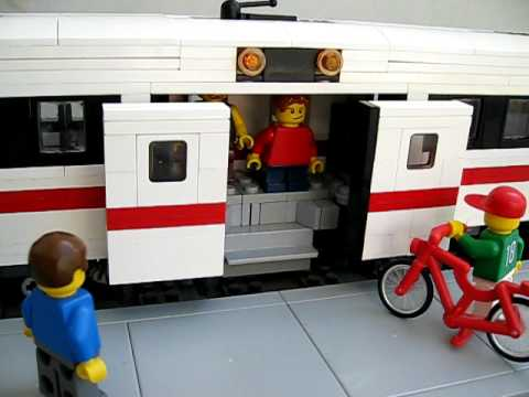 Lego Power Functions Commuter Train With Automatic Sliding