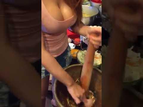 Cewek sex di dapur