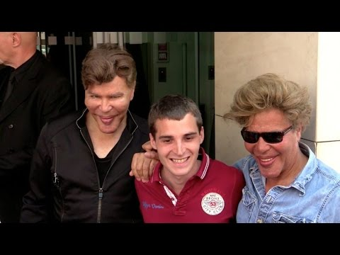EXCLUSIVE: The Bogdanoff brothers Igor and Grichka at RTL radio station in Paris - YouTube
