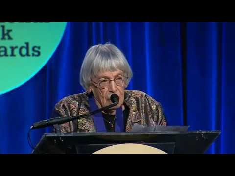 Neil Gaiman presents lifetime achievement award to Ursula K  Le Guin at  2014 National Book Awards