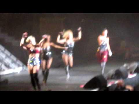 The Pussycat Dolls (Singapore) - Wait A Minute