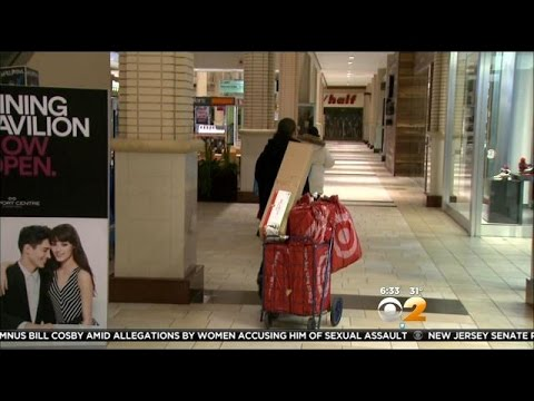 Shoppers In New Jersey Take Advantage Of Black Friday Deals
