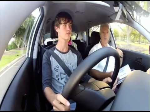 NRMA Safer Driving School take the Sydney Weekender team on a keys2drive lesson