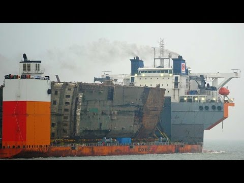 Sewol ferry arrives at South Korea's Mokpo port three years after disaster