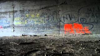 Noise in abandoned train tunnel.