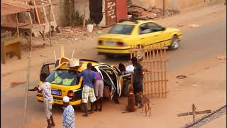 Mahfousse Comedien Caméra Cachée 6 quand tu veux mettre un chien dans un Taxi