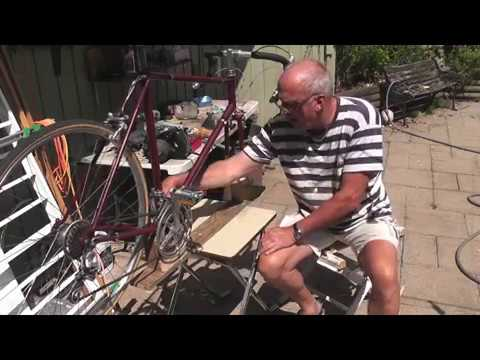 """DIY BICYCLE STAND: """"QUICK AND EASY"""""""