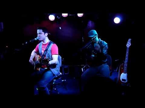 Boyce Avenue live HD- Lovestoned, Alejandro beatboxing (Belfast)