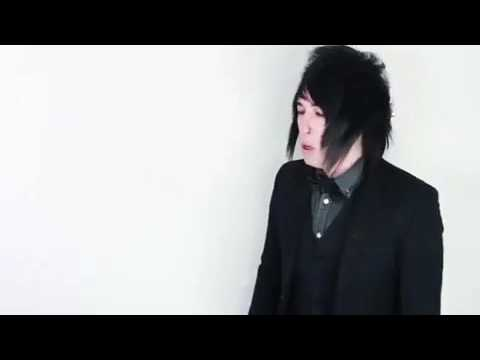 Destery sings cold play songs while angrily hip thrusting in different accents
