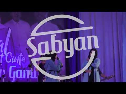Nissa Sabyan Ft Anisa Rahman  Atouna El Toufule terbaru live Kebumen
