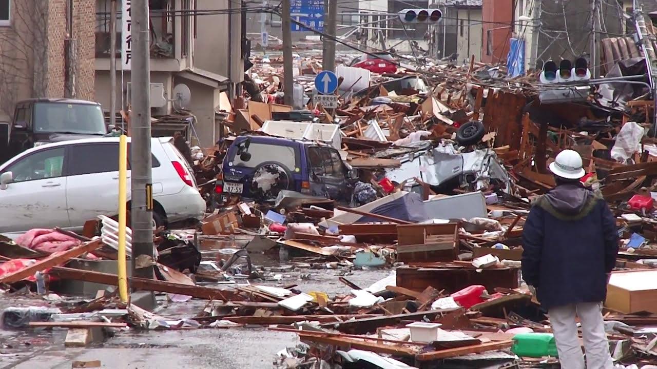 釜石 津波 第1波到達直後 只越町から 個人撮影 - YouTube