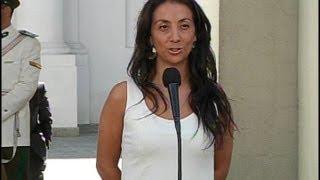 """Pérez acusó a diputado Espinoza de """"esconderse bajo las polleras de otra mujer"""""""