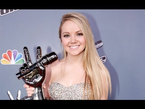 The Voice Season 4 Winner Danielle Bradbery Signs Record Deal with Big Machine Label Group!