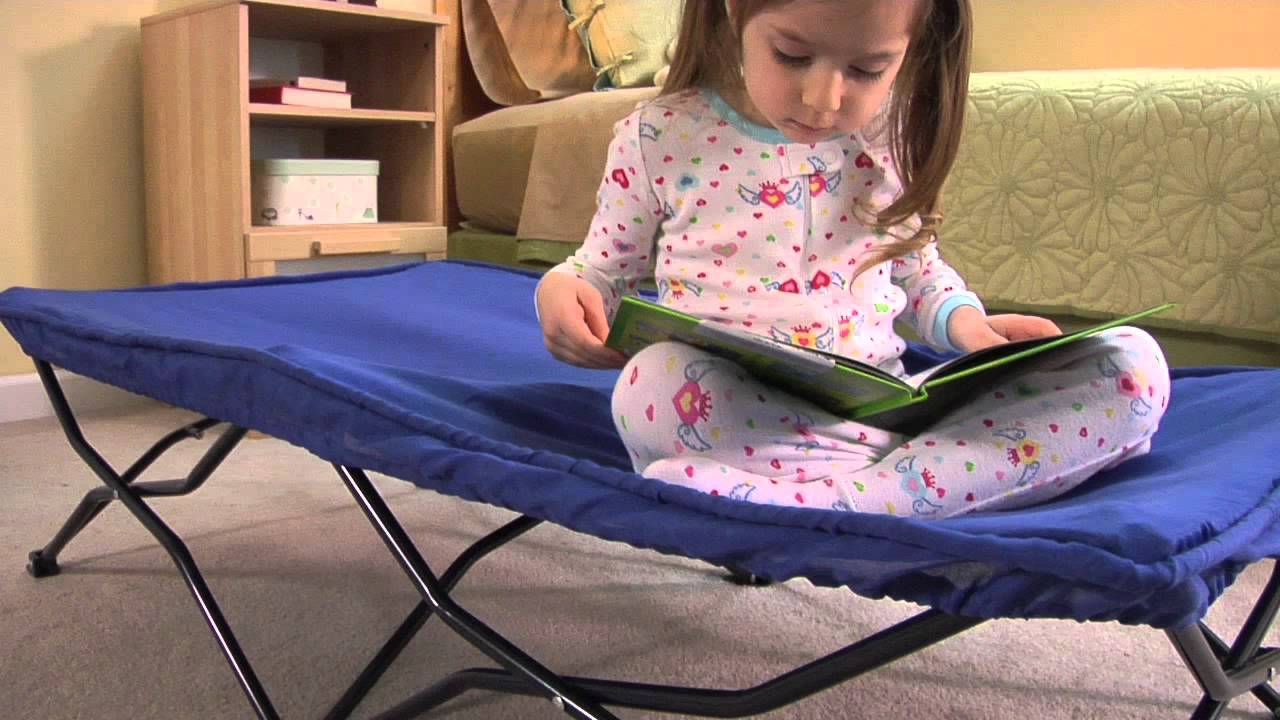 My cot portable toddler cot by regalo youtube for Regalo mobile tv