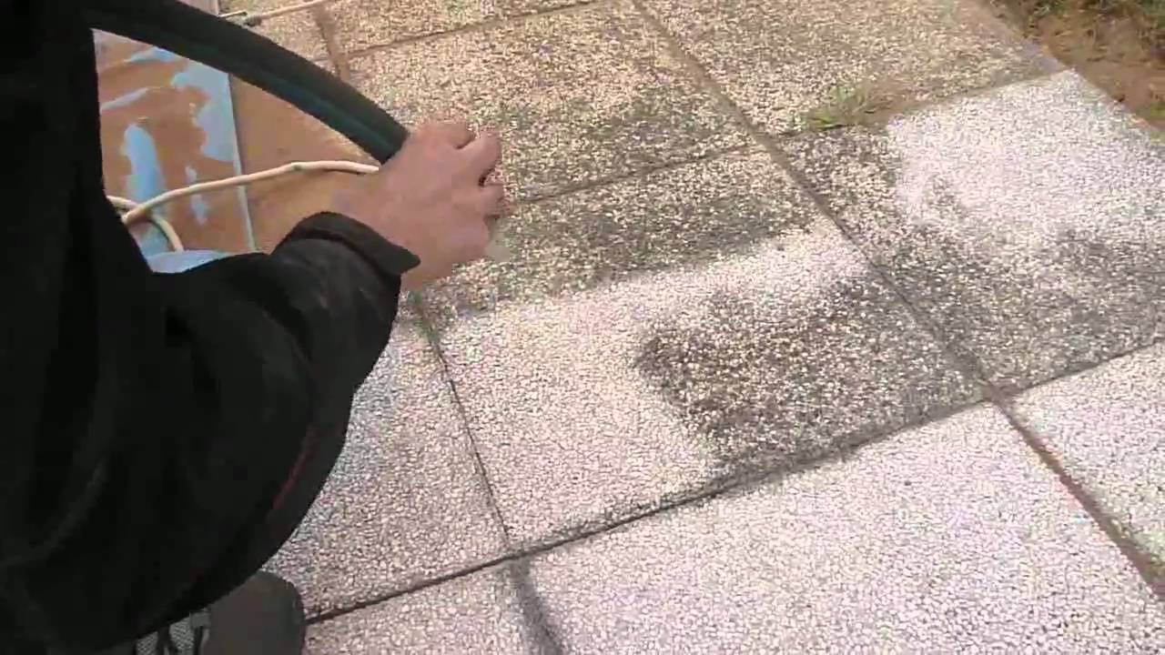 Décapage dalles terrasse Aero-Bio-Tech - YouTube