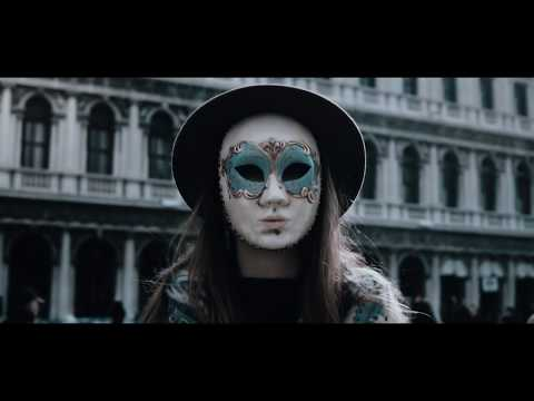 Смотреть клип Mike Candys & Jack Holiday - La Serenissima
