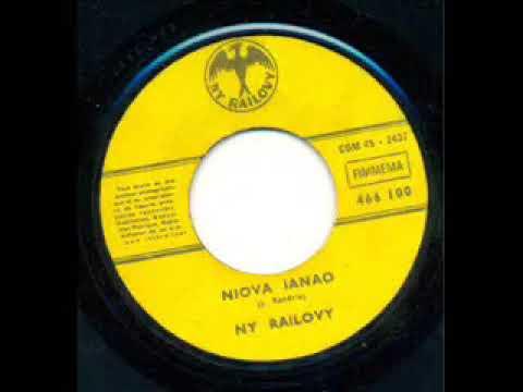 NIOVA IANAO (A/C : Jérôme RANDRIA)---VOLA SY NORO--1972