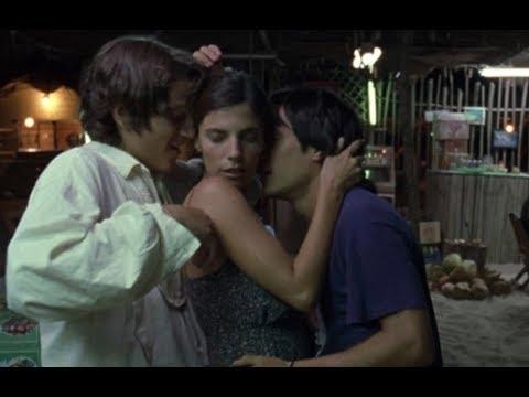 El secreto detrás del beso entre Gael García y Diego Luna