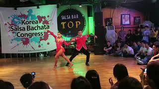 Brandon &  Michelle Salsa Performance @ 2018 Korea Salsa Bachata Congress