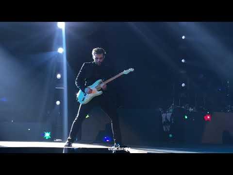 PANIC! AT THE DISCO - Bohemian Rhapsody (LIVE In MANILA 2018)